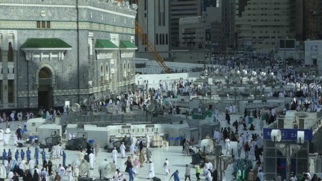 the holy kaaba, mecca saudi arabia. - grand mosque stock videos and b-roll footage