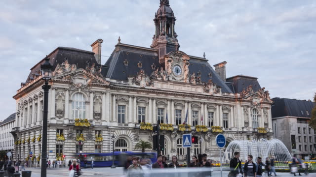 stockvideo's en b-roll-footage met the hotel de ville or town hall or tours, france. - town hall