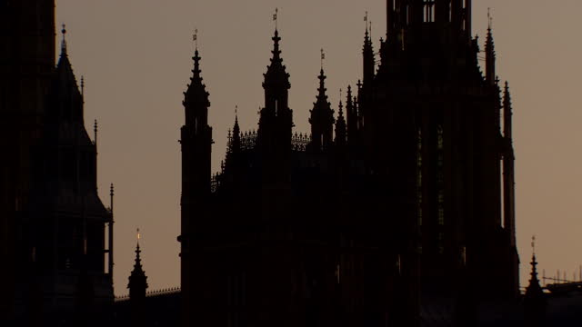 the houses of parliament at night - clock tower stock videos & royalty-free footage