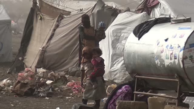 the humanitarian crisis in yemen worsened in 2020 due to the civil war, famine and the coronavirus outbreak. despite the country has experienced one... - größter stock-videos und b-roll-filmmaterial