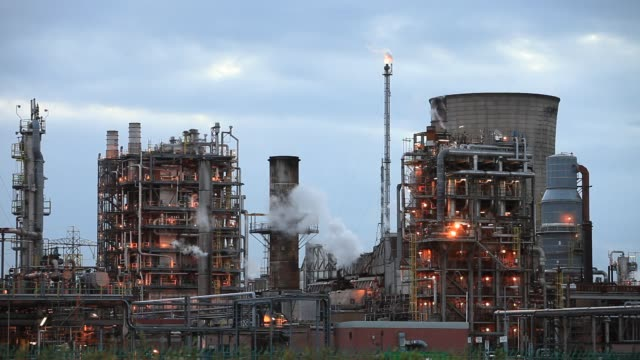 the ineos oil refinery at grangemouth in the firth of forth, scotland, uk. it is scotlands only oil refinery. it takes oil from a pipeline from the... - pipe stock videos & royalty-free footage