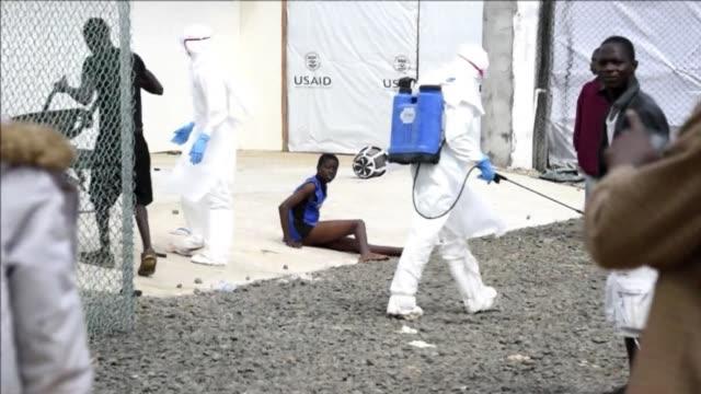 vídeos y material grabado en eventos de stock de the island hospital in monrovia continues to admit ebola patients after president ellen johnson sirleaf said wednesday that the outbreak was... - ébola