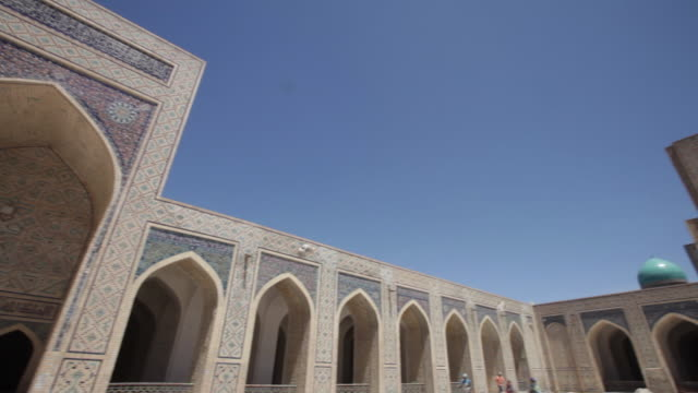 the kalyan mosque (maedjid-i kalyan) in bukhara, uzbekistan - bukhara stock videos & royalty-free footage
