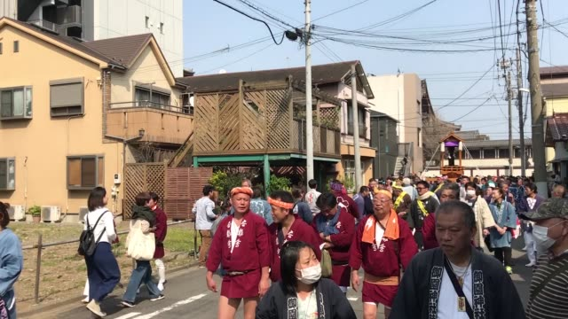 the kanamara festival is held annually on the first sunday of april the penis is the central theme of the festival frequented by prostitutes who came... - religious equipment stock-videos und b-roll-filmmaterial