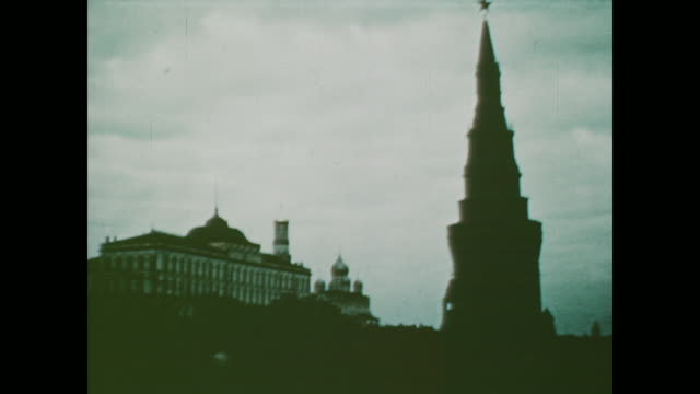 1959 The Kremlin Clock chimes in Spasskaya Tower in Moscow