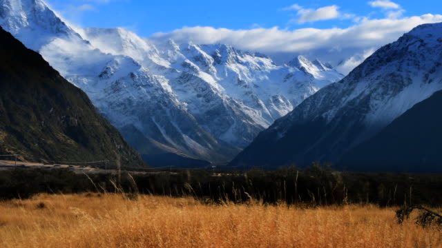 die landschaften von neuseeland - new zealand stock-videos und b-roll-filmmaterial