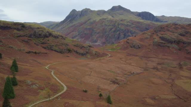 the langdale pikes, lake district national park, cumbria, england, uk - english lake district stock videos and b-roll footage