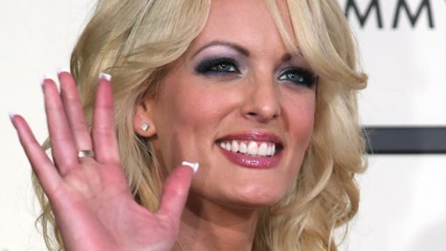 the lawyer for porn star stormy daniels says that she had a sexual relationship with donald trump and wants to nullify a hush agreement so the public... - stormy daniels video bildbanksvideor och videomaterial från bakom kulisserna