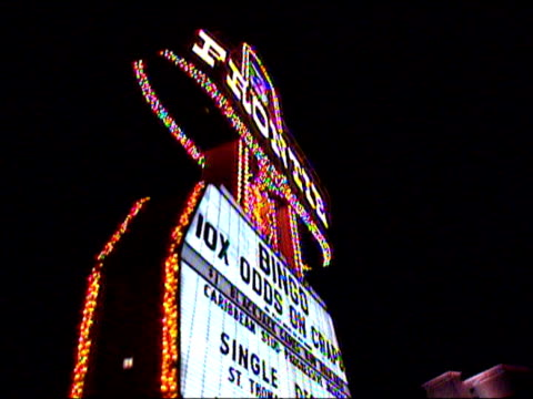 the lights and games of las vegas - casino stock videos & royalty-free footage