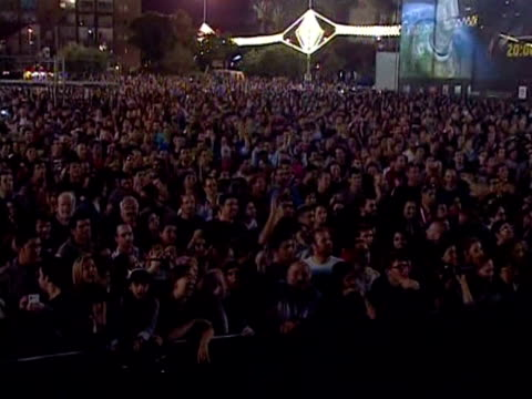 The lights went out in 13 Israeli cities on Thursday evening to mark the 40th anniversary of Earth Day in support of the campaign to boost...