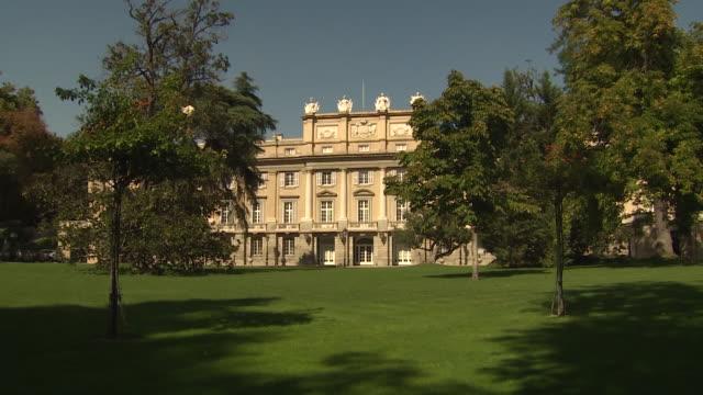 the liria palace opens for public in madrid - bländare bildbanksvideor och videomaterial från bakom kulisserna