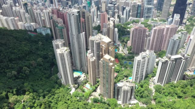 the luxury house at the peak of hong kong - organised group stock videos & royalty-free footage