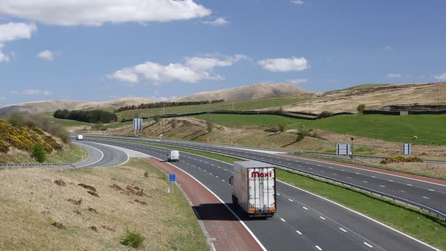 the m6 motorway near sedbergh in cumbria, uk, deserted in the middle of the day during the covid19 lockdown. - motorway stock videos & royalty-free footage