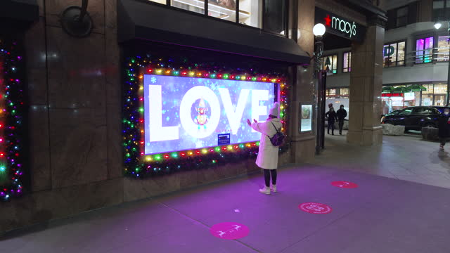 the macy's department store in midtown manhattan's herald square decorated for the christmas holiday season on december 06, 2020. despite the... - touch sensitive stock videos & royalty-free footage
