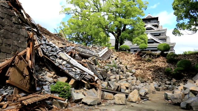 the main keep of kumamoto castle was severely damaged by the string of earthquakes that hit kumamoto prefecture in april as were turrets gates and... - ダメージ点の映像素材/bロール
