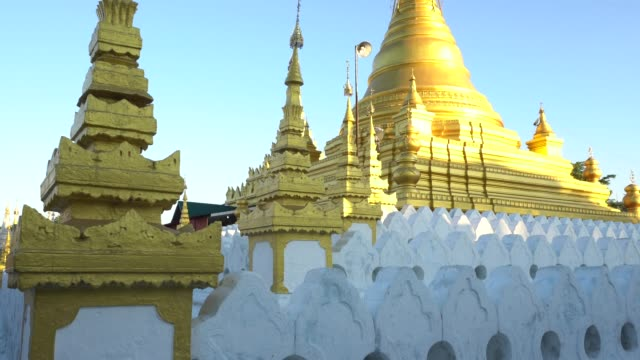 Das Mandalay Golden Palace in Myanmar