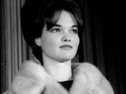 vídeos de stock, filmes e b-roll de the marchioness of tavistock models a fur coat at a fashion show at the guildhall 1962 - model t