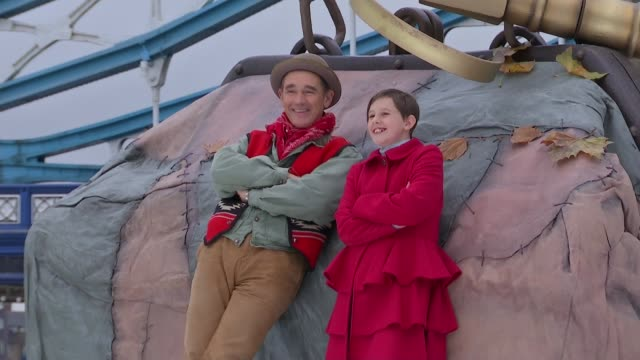 london photography*** various shots mark rylance and ruby barnhill ruby barnhill interview sot - mark rylance stock-videos und b-roll-filmmaterial