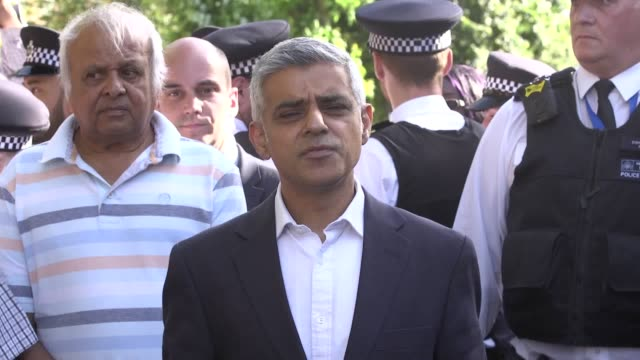 the mayor of london has called for an interim report into the grenfell tower fire to be published this summer and for the public inquiry to examine... - sadiq khan stock-videos und b-roll-filmmaterial