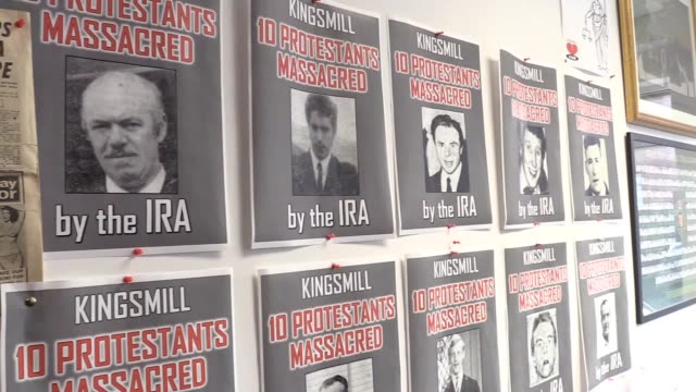 the memorial of the kingsmill massacre where ten protestants were killed by the ira in january 1976 colin worton brother of kenneth worton who was... - アルスター州点の映像素材/bロール