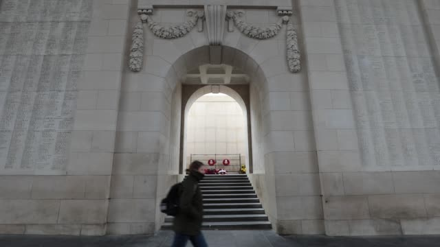 the menin gate memorial to the missing filmed on april 6 2017 in ypres belgium april 9 2017 marks the 100th anniversary of the battle of vimy ridge... - 戦争記念碑点の映像素材/bロール