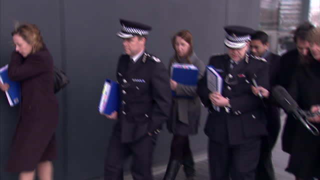 """the metropolitan police today fought back over the phone hacking scandal saying they will leave """"no stone unturned"""" in their new inquiry. acting... - exploration stock videos & royalty-free footage"""