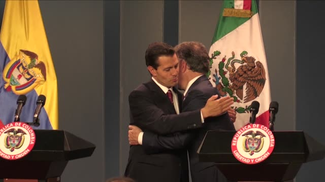 The Mexican president Enrique Pena Nieto once again expressed his support for the Colombian peace process Thursday during an official visit to...