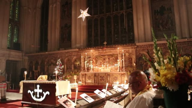 the mid night candle light pray at the st paul's church on the occasion christmas eve marking the birth of jesus christ on december 24 in kolkata,... - kolkata stock videos & royalty-free footage