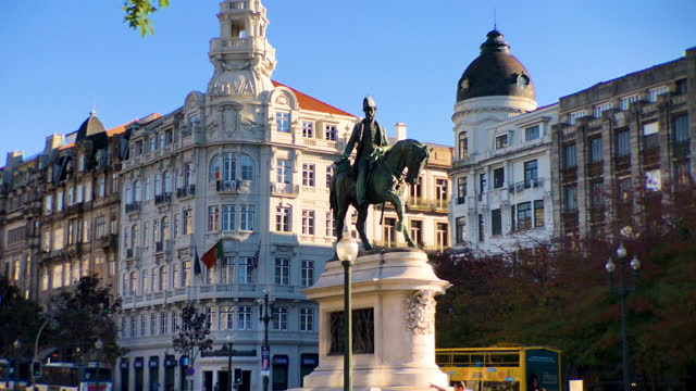 stockvideo's en b-roll-footage met the monument to king pedro iv on liberdade square in porto - liberdade