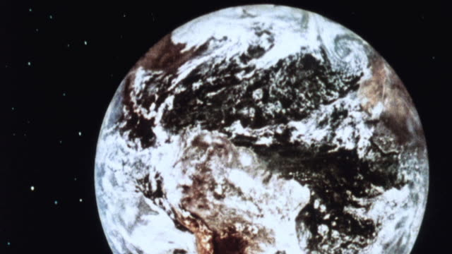 1981 zo the moon as viewed from earth's orbit - 1981 stock videos & royalty-free footage
