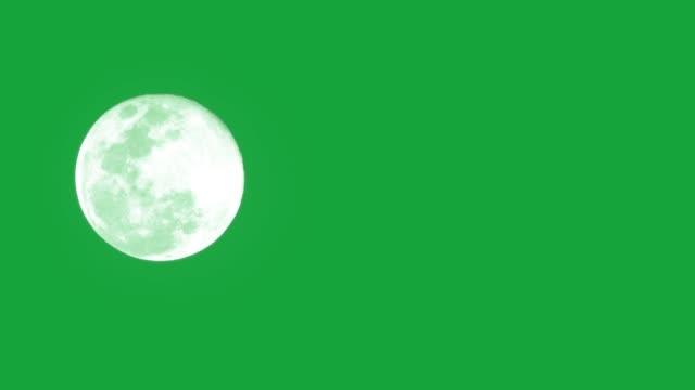 vídeos de stock e filmes b-roll de the moon on green background. - lua