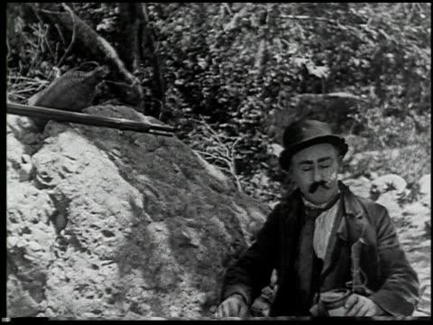 vídeos de stock e filmes b-roll de the moonshiner - 4 of 14 - veja outros clipes desta filmagem 2464