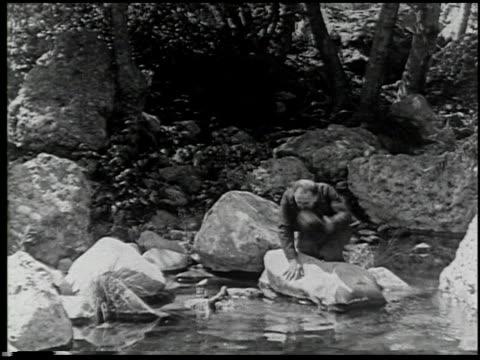 vídeos de stock e filmes b-roll de the moonshiner - 6 of 14 - veja outros clipes desta filmagem 2464
