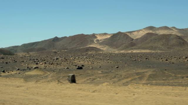 vidéos et rushes de le désert mystique de la namibie - pierre