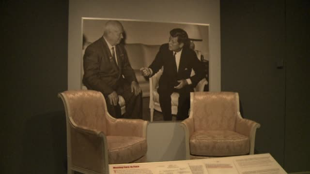 the national archives will unveil to the brink jfk and the cuban missile crisis this week secret audio recordings and papers that revealed how the... - cuban missile crisis stock videos & royalty-free footage