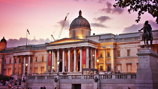the national gallery in london. famous place. tourist museum. - temple building stock videos & royalty-free footage