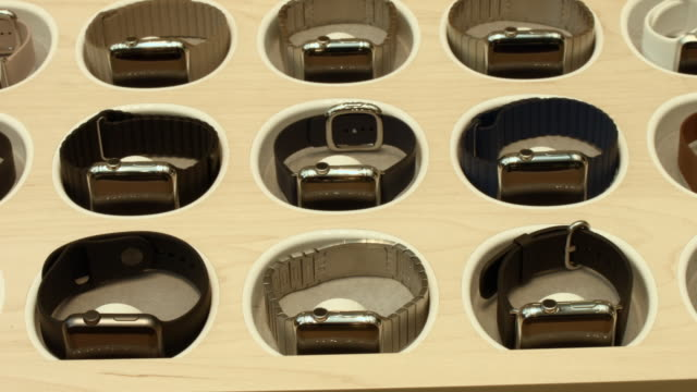 the new apple watch is viewed at an apple store in manhattan on april 10 2015 in new york new york consumers around the world were able to try on the... - 2015点の映像素材/bロール