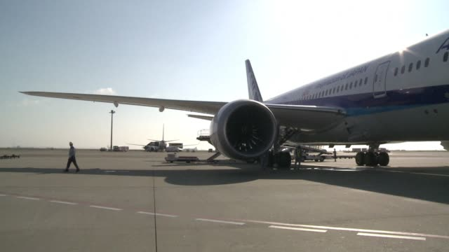 the new boeing dreamliner 7879 makes its first commercial flight between tokyo and fukuoka - boeing 787 stock videos and b-roll footage