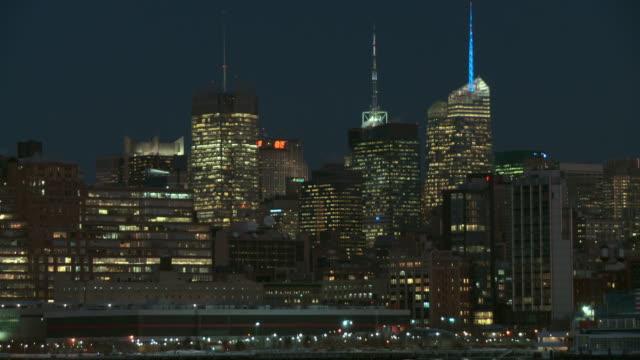 the new york skyline at midtown early morning. - inquadratura fissa video stock e b–roll