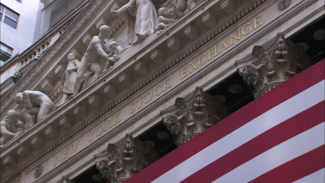 the new york stock exchange - pediment stock videos & royalty-free footage