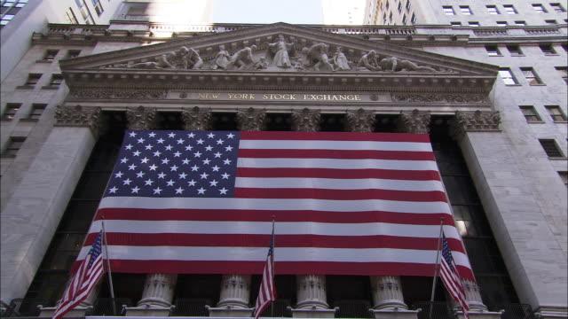 the new york stock exchange - borsa di new york video stock e b–roll