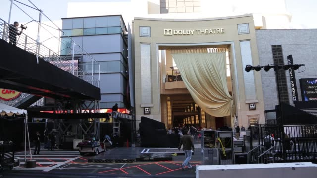 the newly named dolby theatre home of the 2013 85th academy awards. 2013 academy awards preparations at dolby theatre on february 20, 2013 in los... - the dolby theatre stock videos & royalty-free footage