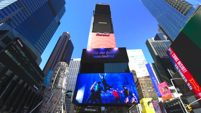 the newly opened giant ferris wheel runs in times square on september 2, 2021 in new york city. the ferris wheel opened on august 25th. - performing arts event stock videos & royalty-free footage