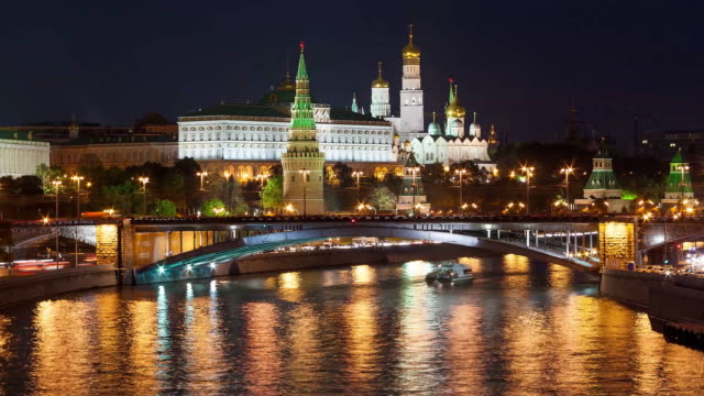 tl the night view on the moscow kremlin, from the bridge / russia, moscow - moscow russia stock videos & royalty-free footage