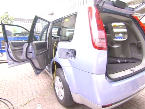 The Nissan XTrail FCV High Pressure Hydrogen Powered Fuel Cell Vehicle
