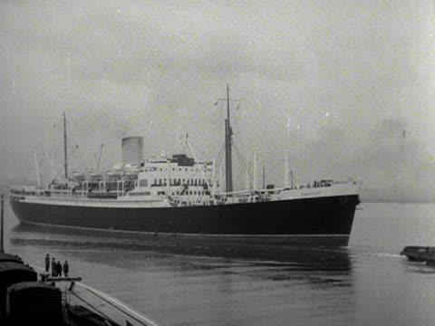 The ocean liner Rangitoto sales into Southampton harbour 1953