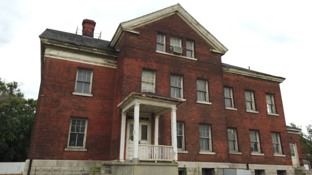 the old historic fort wayne near detroit, these buildings are condemned and in disrepair - barracks stock videos & royalty-free footage