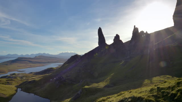 the old man of storr on the isle of skye in the scottish highlands - skye stock videos and b-roll footage