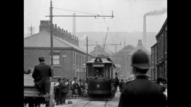 1907 The opening of the Accrington electric trams