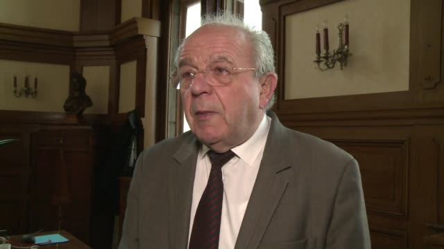 the outgoing mayor of the french town henin beaumont accepts his electoral defeat to the national front candidate steeve briois clean henin beaumont... - national front stock videos and b-roll footage